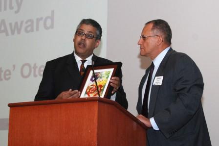 2012 Circulo Latino Community Leadership Award